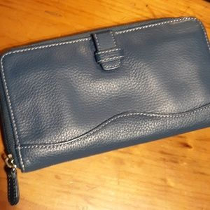 NWOT Blue Leather Tignanello Credit Card Wallet